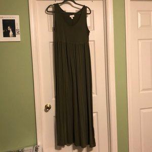 a:glow Maternity Maxi Dress